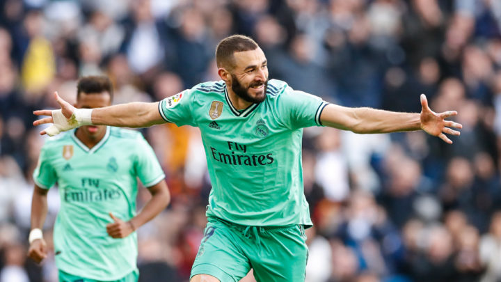 Valverde y Benzema desatascan al Real Madrid ante el Espanyol (2-0)