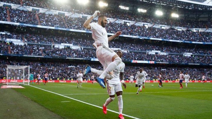 Benzema da al Madrid un derbi tosco y con polémica
