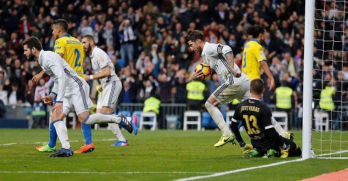 """Sergio Ramos: """"Tenemos mucho en casa para barrer el jardín del vecino"""""""